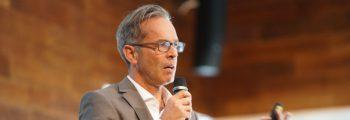 "Prof. Dr. Theo Peters | Hochschule Bonn-Rhein-Sieg<br><span class=""subTimelineHeading"">Das Projekt Nachhaltige Sensibilisierung</span>"